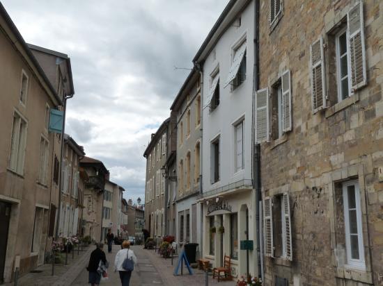 Rue du vieux Vic