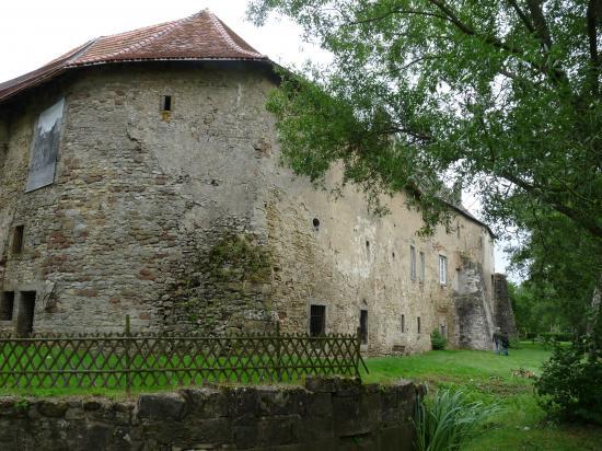 Le château Saint-Sixte