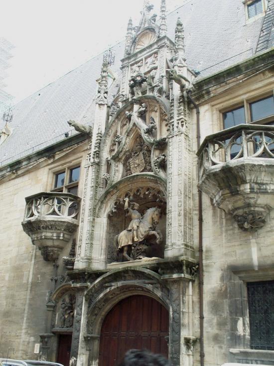 La porte du Palais ducal