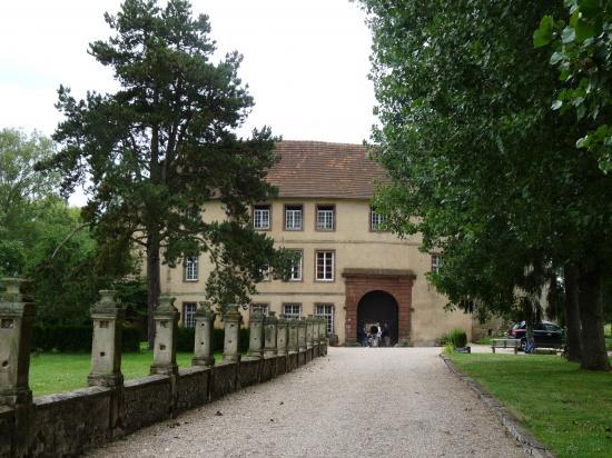 Le château Saint-Sixte de Freistroff