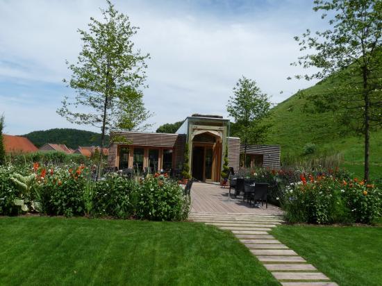 Bâtiment d'entrée des jardins