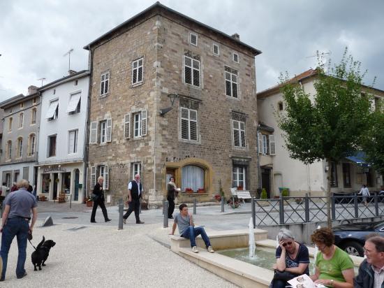 Maison gothique sur la Place Jeanne d'Arc